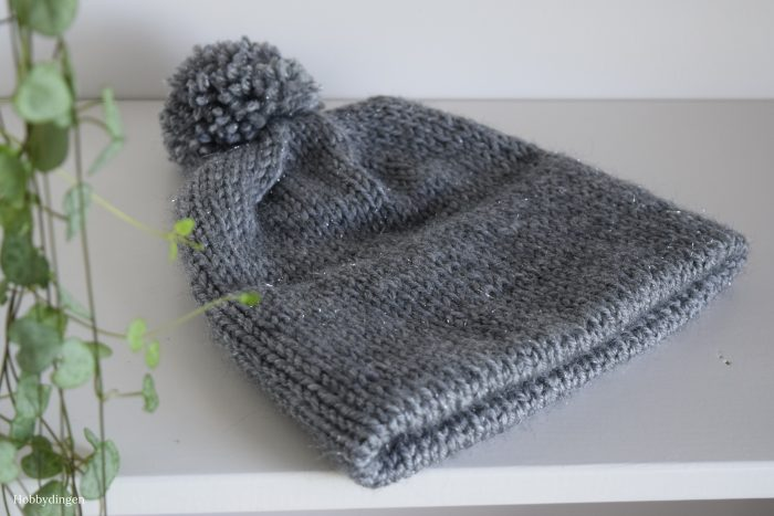 My First Knitted Hat! - Hobbydingen.com