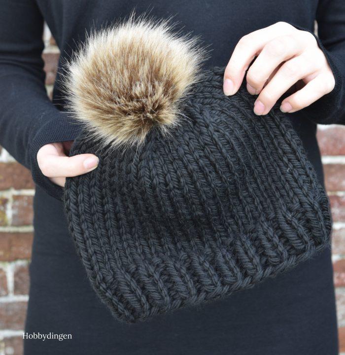 Knitting Pattern: The Wonderland Hat - Hobbydingen.com