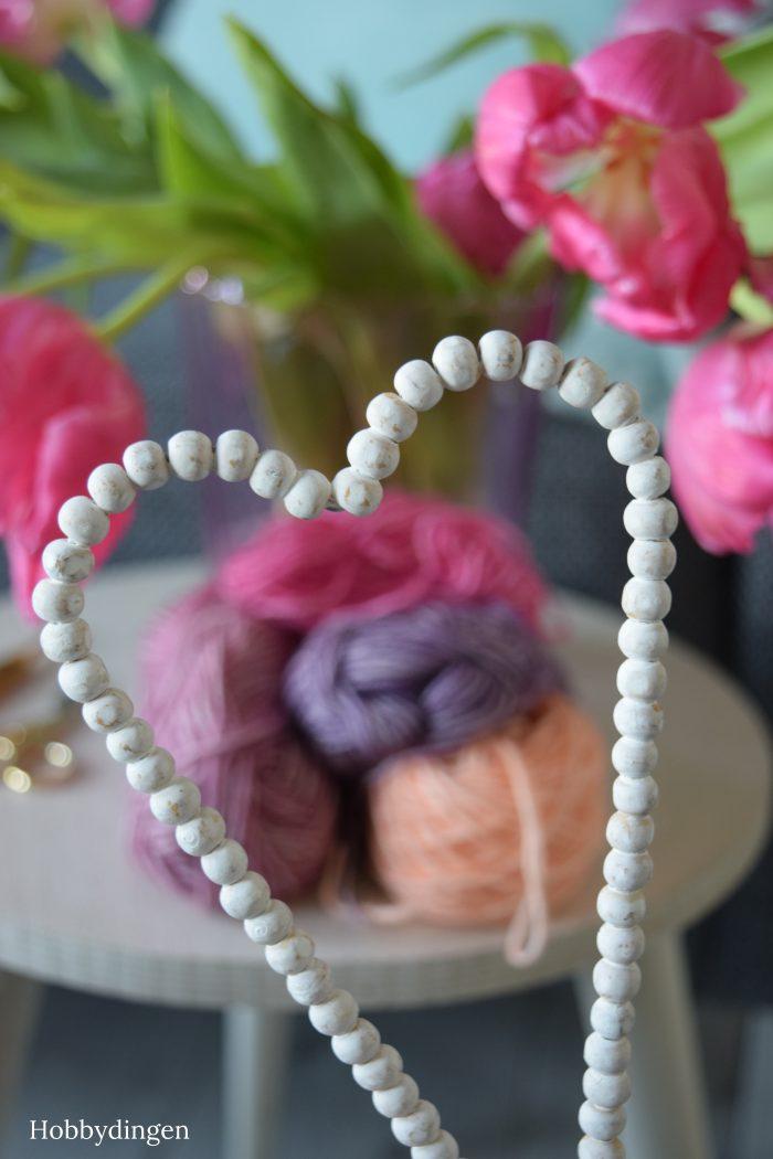 Free Crochet Pattern: Valentine Hearts - Hobbydingen.com