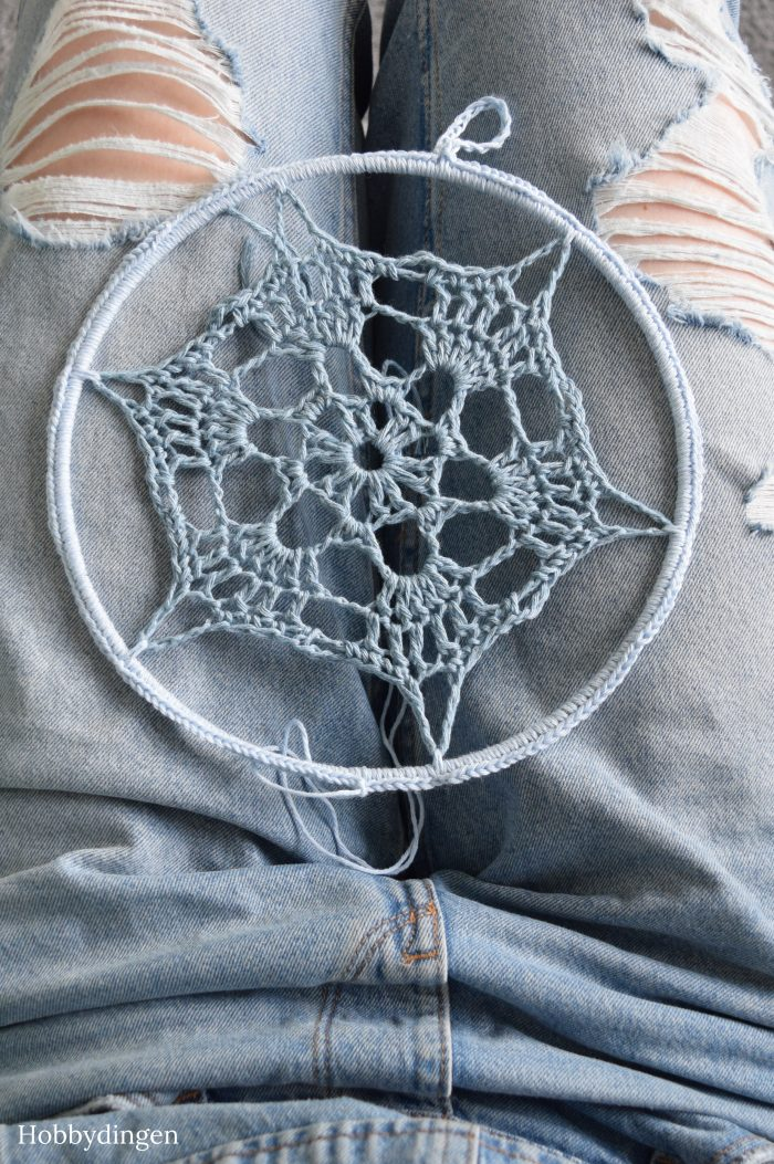 New Project: Crocheted Denim Dreamcatcher - Hobbydingen.com
