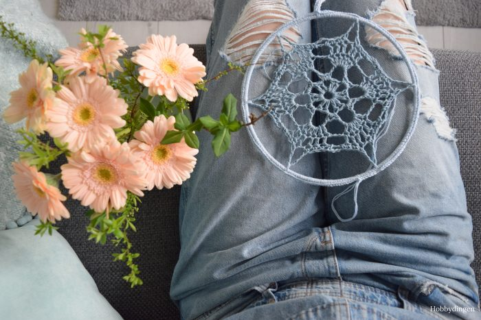 New Project Crocheted Denim Dreamcatcher - Hobbydingen.com