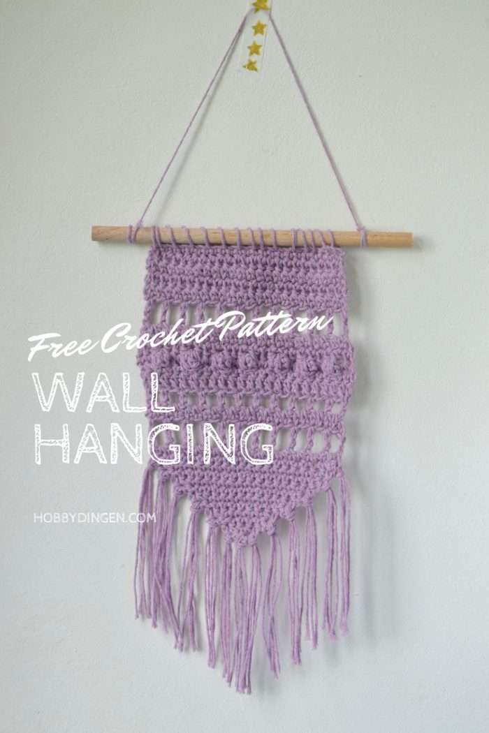 Free Crochet Pattern Small Purple Wall Hanging - Hobbydingen.com