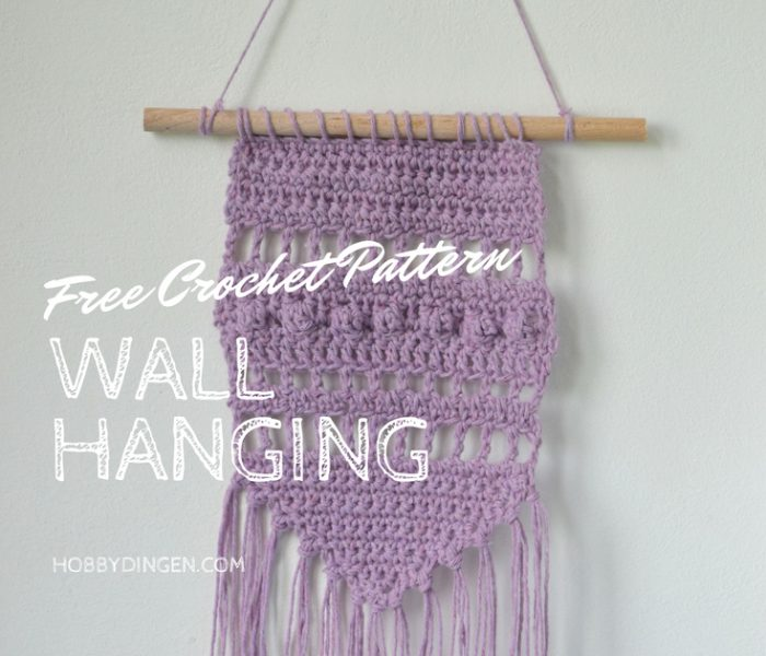 Free Crochet Pattern: Small Purple Wall Hanging