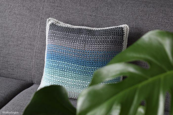 New Design: The Ombre Pillow //Tunisian Crochet Project - Hobbydingen.com