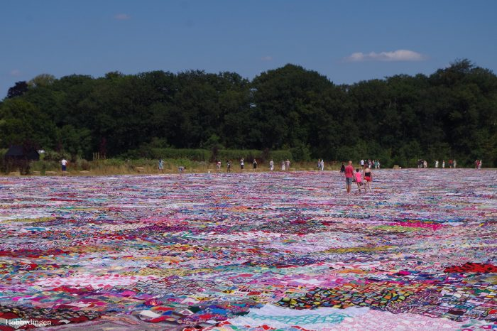The Biggest Crochet Blanket of The World - Hobbydingen.com
