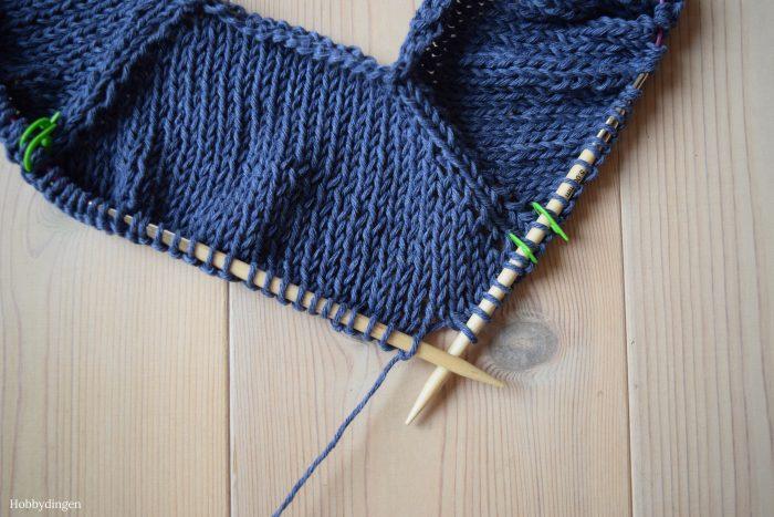 Knitting My First Sweater - Hobbydingen.com