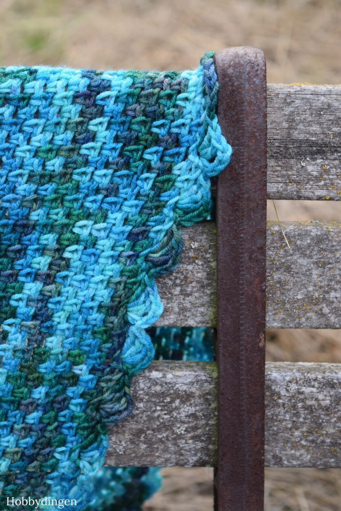 Crochet Pattern: Ocean Waves Shawl - Hobbydingen.com