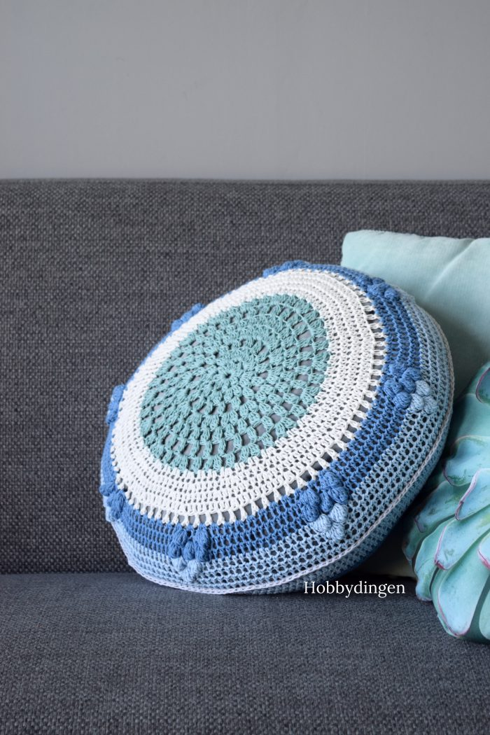 Mandala Cushion Crochet Pattern - Hobbydingen