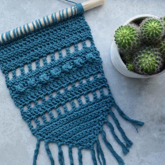 Free Crochet Pattern: Blue Wall Hanging