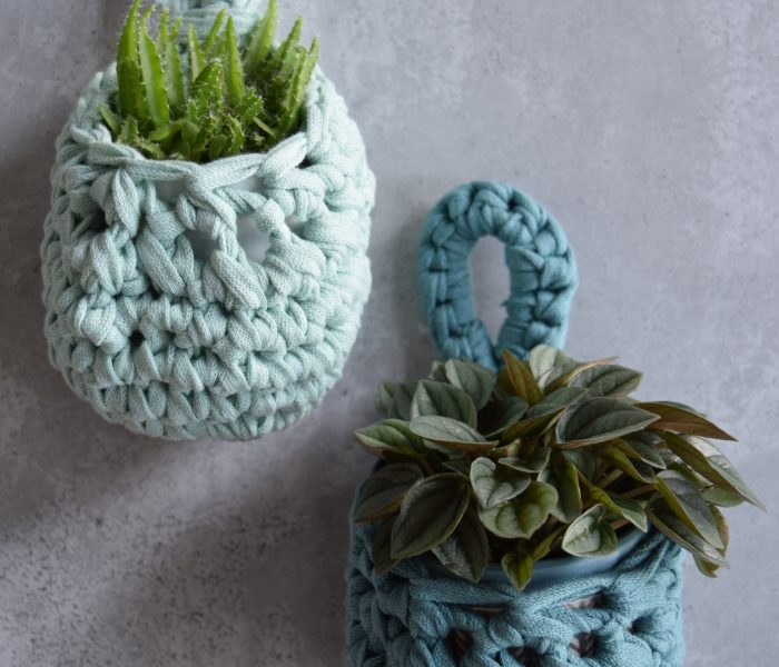 Crochet Pattern: Small Plant Pockets