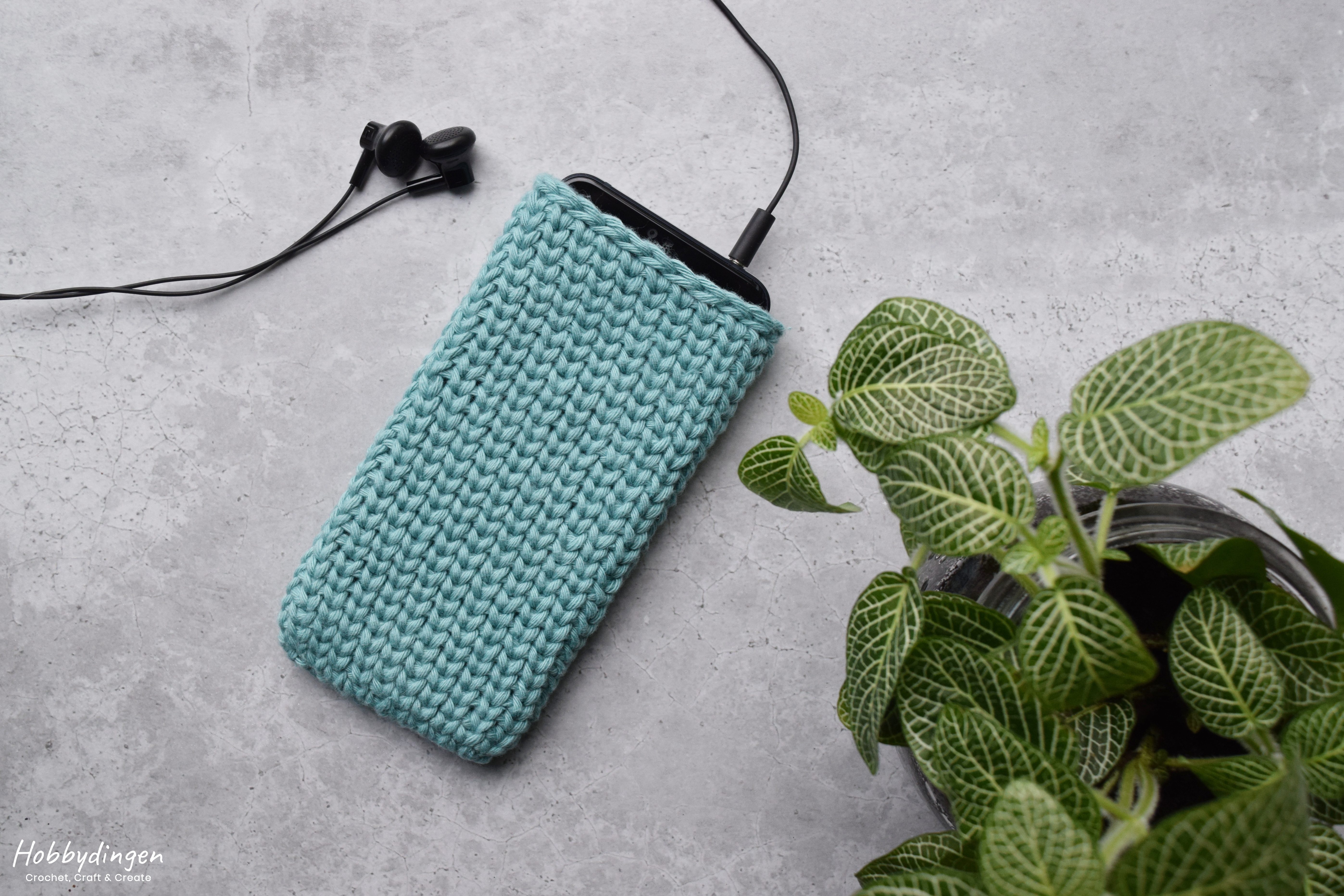 Crochet Pattern Phone Case