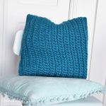 Tunisian Crochet Pattern Pillow 'Love Wool' - Hobbydingen.com