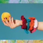 Haakpatroon Sunblink Scrunchie Pom Pom Quarterly issue 33: Summer 2020