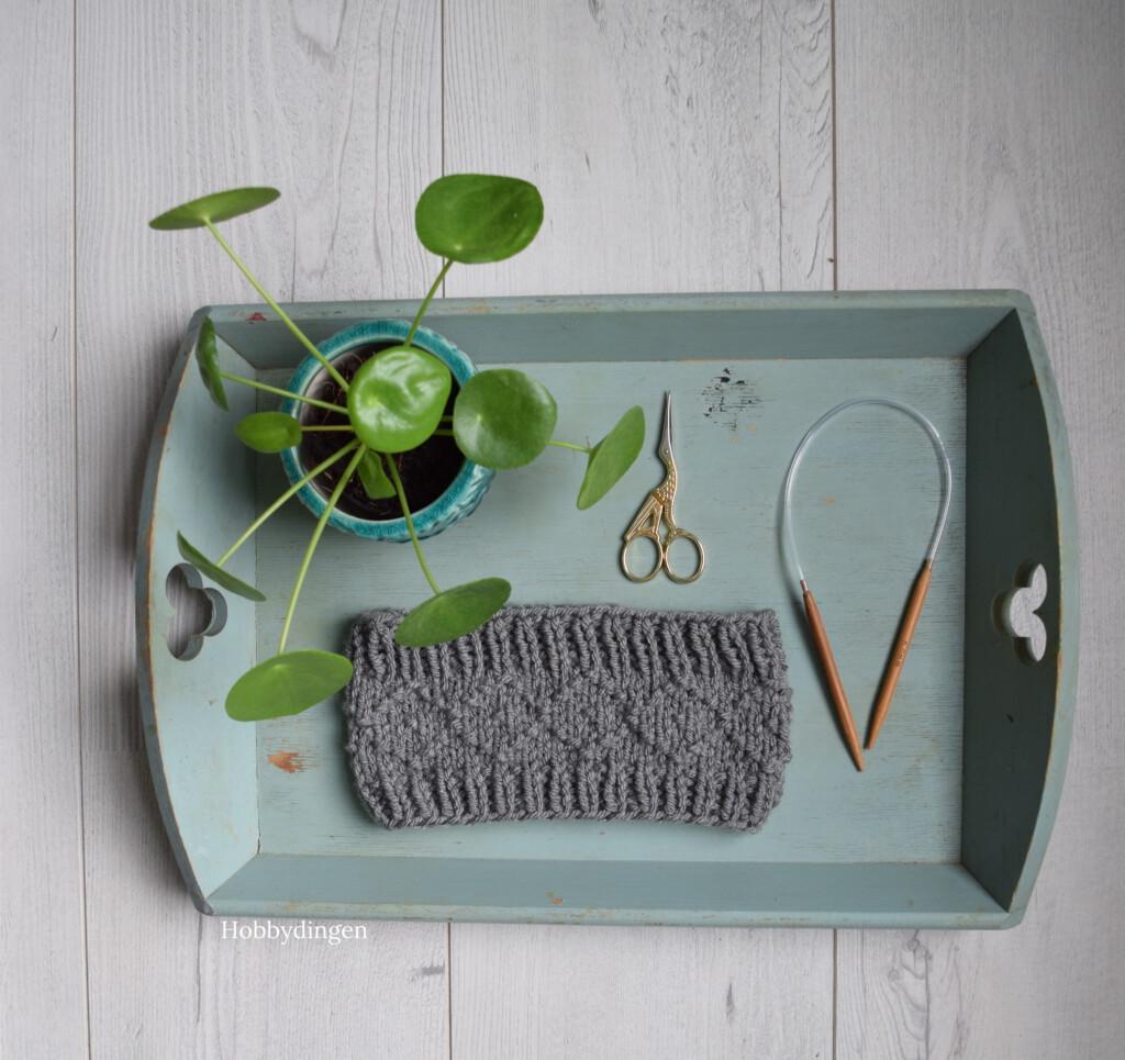 Knitting Pattern Cozy Winter Headband - Hobbydingen.com